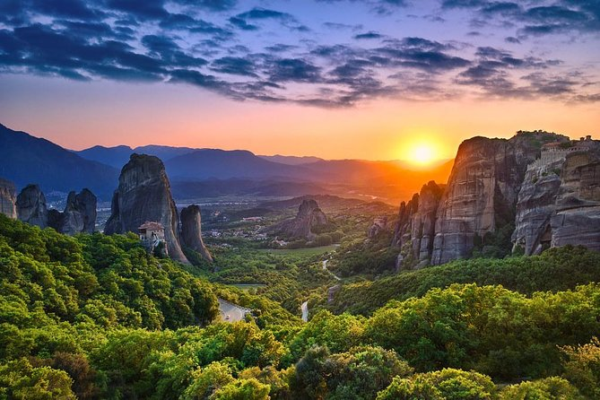 Breath-taking Meteora Sunset Tour