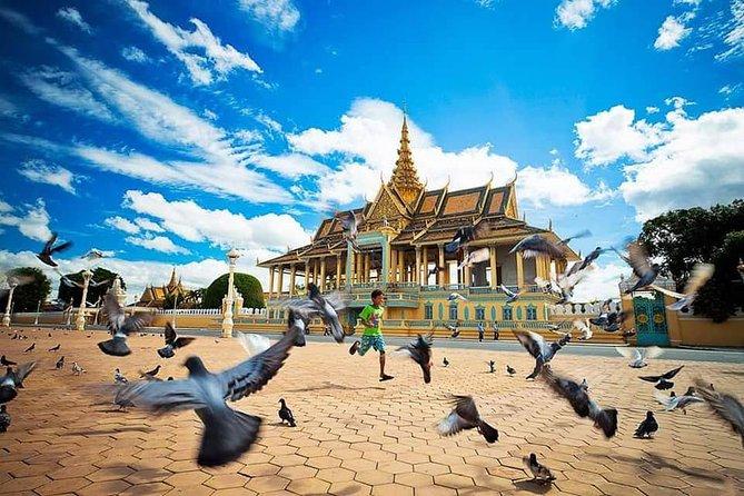 Full Tour in Phnom Penh City