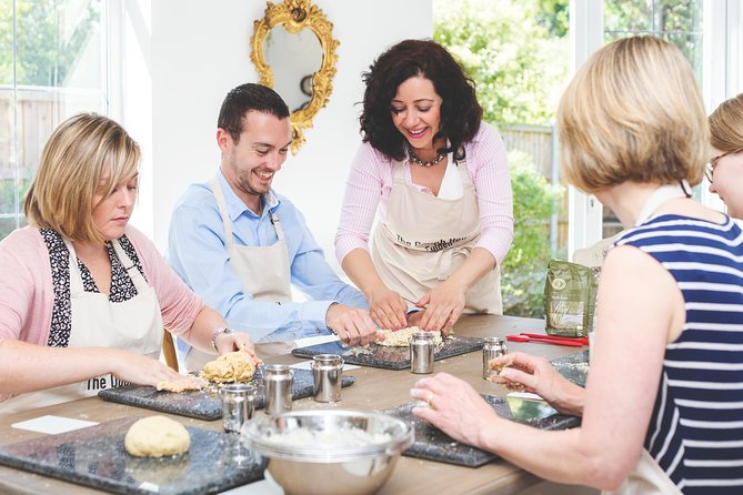 Traditional Afternoon Tea Experience and Baking Class in Stratford-upon-Avon
