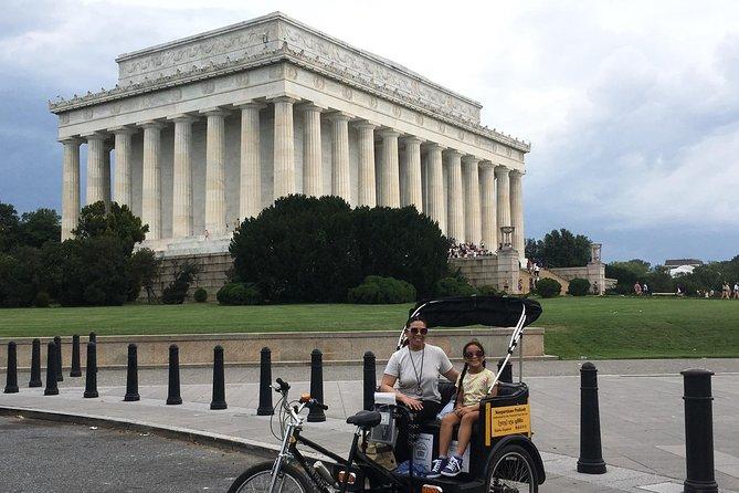 Essential Monuments & Memorials Tour