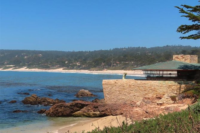 Carmel-by-the-Sea: A Self-Guided Audio Tour on a Scenic Path