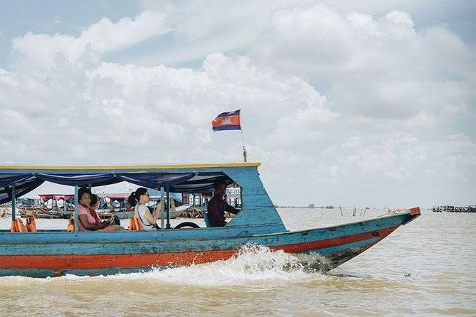 Kompong Phluk Floating Village Tour (Group Tour)