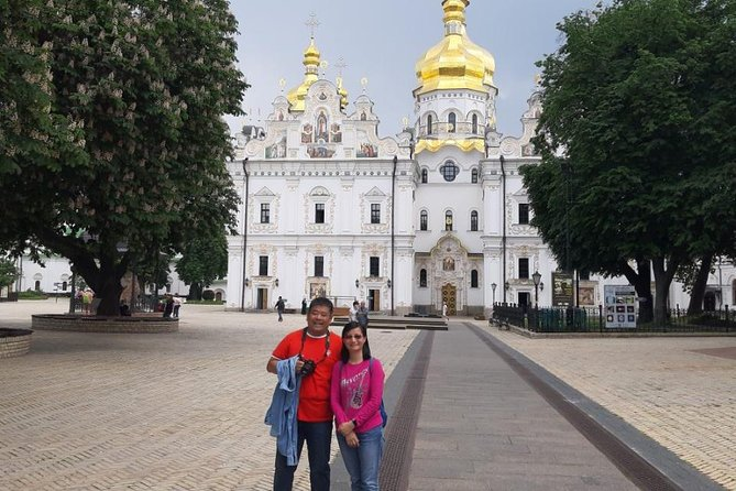 Kyiv Combo: Private Sightseeing Tour and Visit of Kyiv Pechersk Lavra