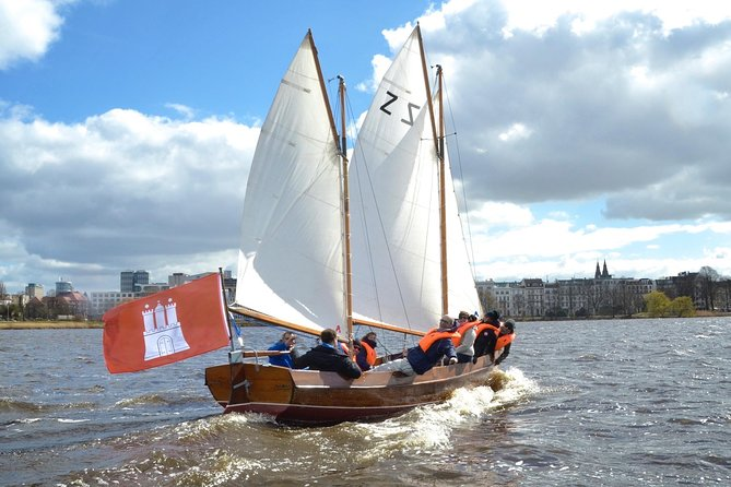 Sailing trip on the Hamburg Outer Alster