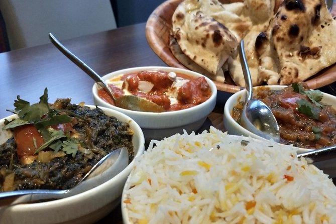 Discover Royal Mile-Old Town & ENJOY Indian Dinner ~ Walking Tour!
