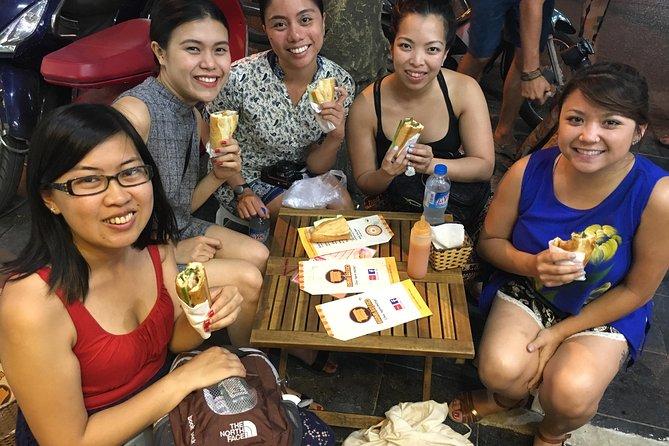 Private Tour: Hanoi Walking Street Food Tour