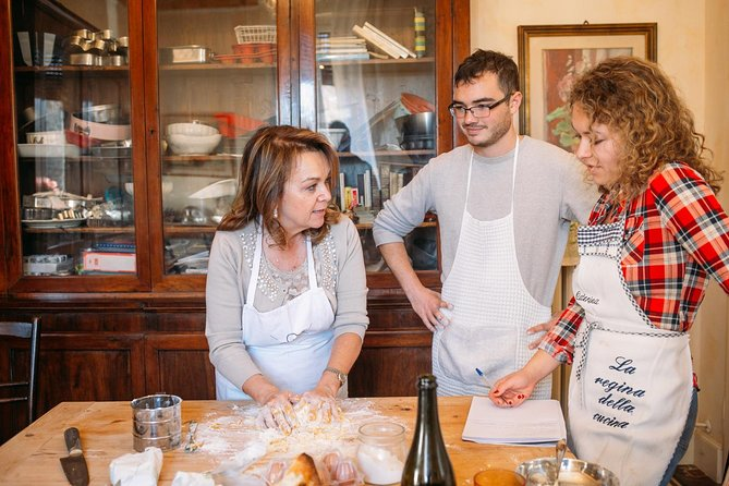 Small Group Market tour and Cooking class in Modena