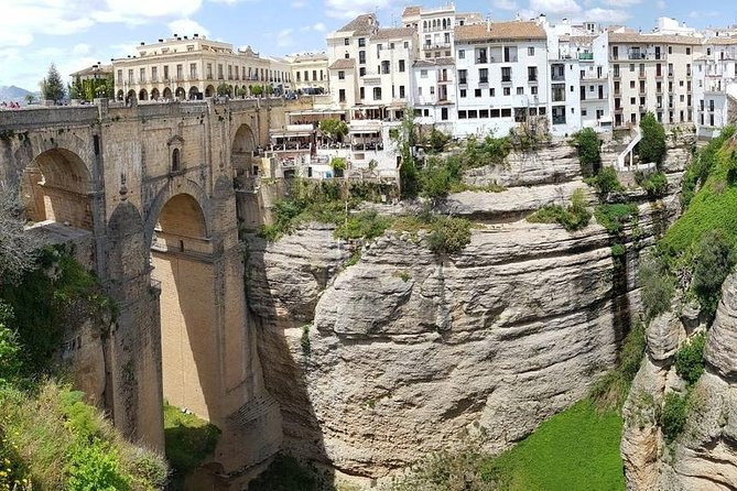 1 Day Excursion to White Villages and Ronda