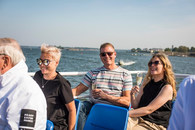 Sightseeing Boat Tour in Archipelago of Helsinki