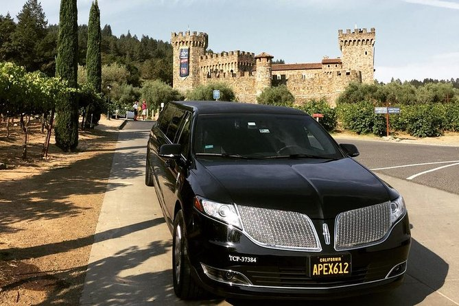 6-Hour Private Wine Country Tour of Napa in Lincoln MKT Limo (up to 8 people)