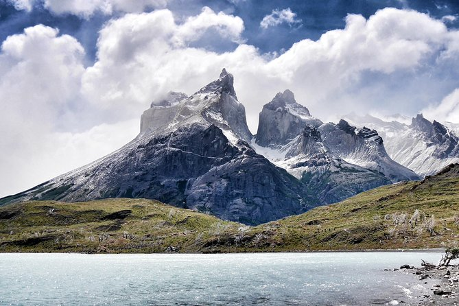 Full Day Torres del Paine Private tour, departing from Punta Arenas