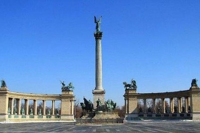 Budapest Private 2 hrs. Mercedes Sightseeing Tour