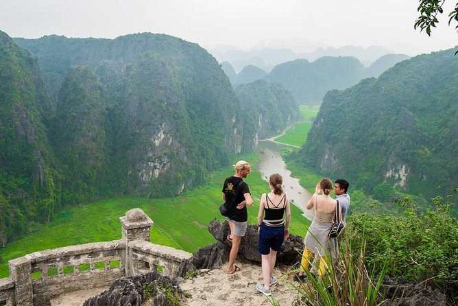 Small Group & Full Day Hoa Lu Trang An Mua Cave Tour- Boating,Hiking,Caves