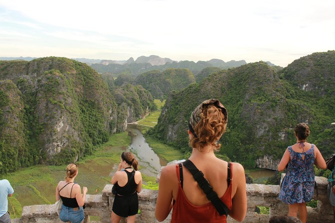 Trang An - Dance Cave - Tam Coc (1 day quality tour)