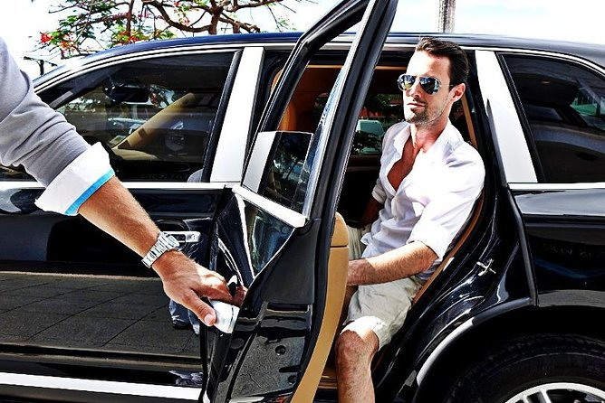 Private Arrival Transfer from McCarran Airport (LAS) to Las Vegas City Center