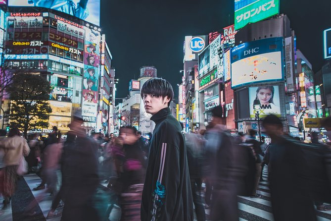 Real Tokyo Photoshoot Tour with LOCALS