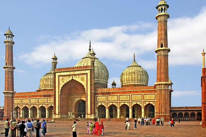 Private Full Day Old and New Delhi City Sightseeing Tour with Entrances Fees