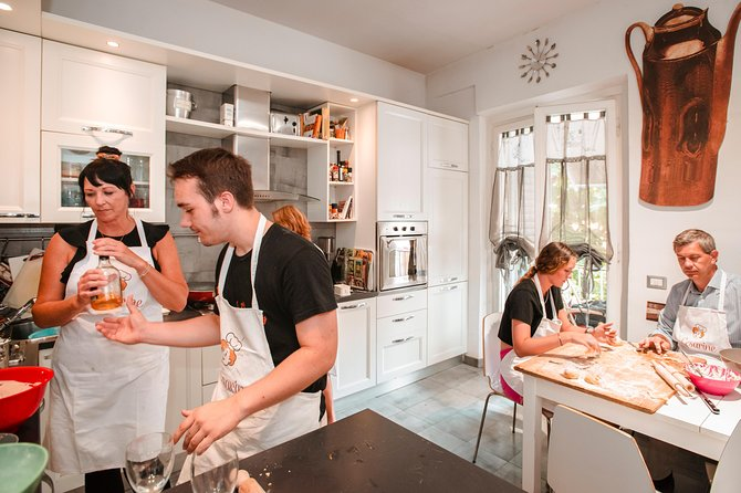 Private Cooking Class with Lunch or Dinner in Assisi