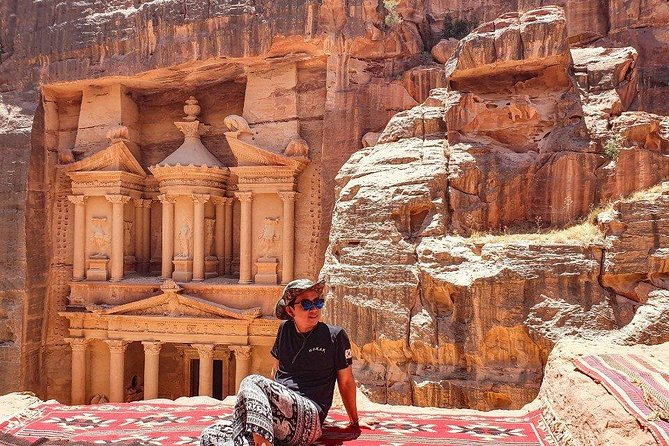 One Day Petra & Wadi Rum For 4 Travelers