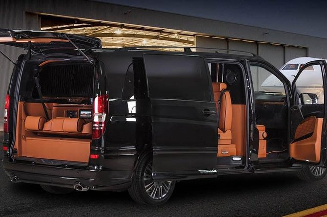 Private transfer: from Casablanca to the airport