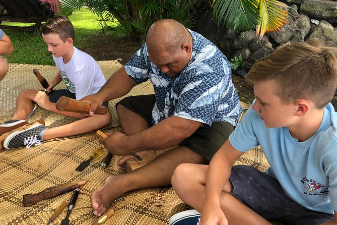Polynesian Carving Tour