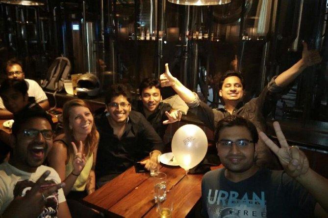 Pune: Pub Crawl (3 Hours Guided Bar Hopping Tour)