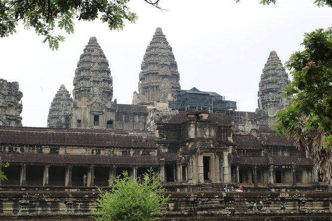 11.5 hrs Classic Sunset Angor Wat Private Day Tour
