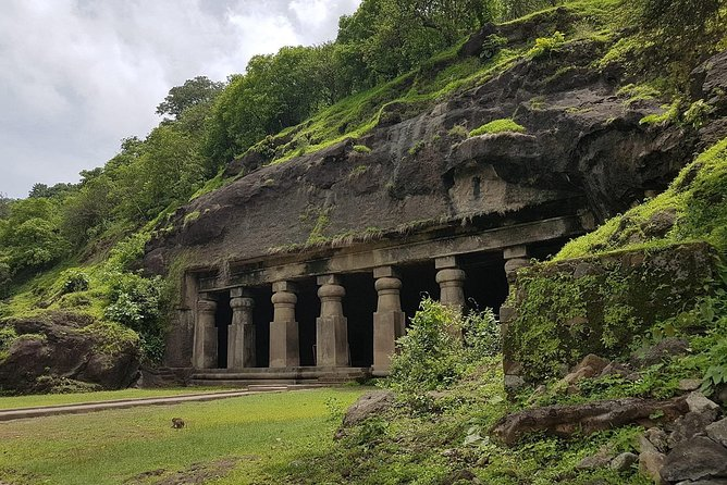 Elephanta Caves Tour including Lunch and Transport