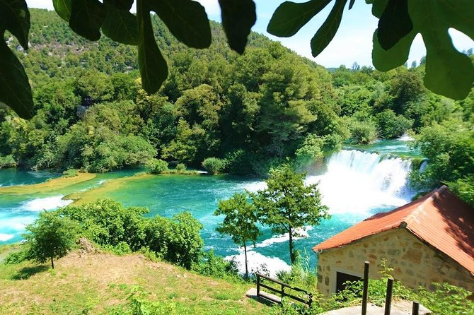Private transfer to Krka waterfalls and back from Split or Trogir