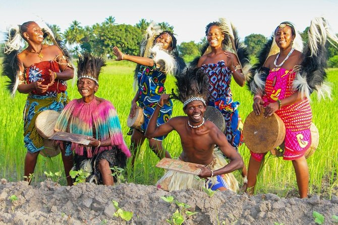 1 Day visit the Gogo tribe-African queens of drum