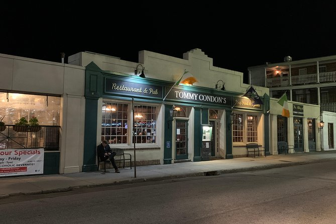 Charleston Ghost Tour: Two Bars, One Graveyard, and a Ghost Story