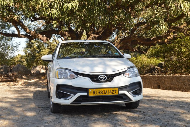 Private A/c Mount Abu Fullday Local Sight Seeing (4 Seat A/c Sedan)