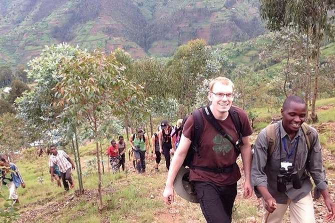 Burn 700 calories Hiking Local hills on your vacation in Rwanda !