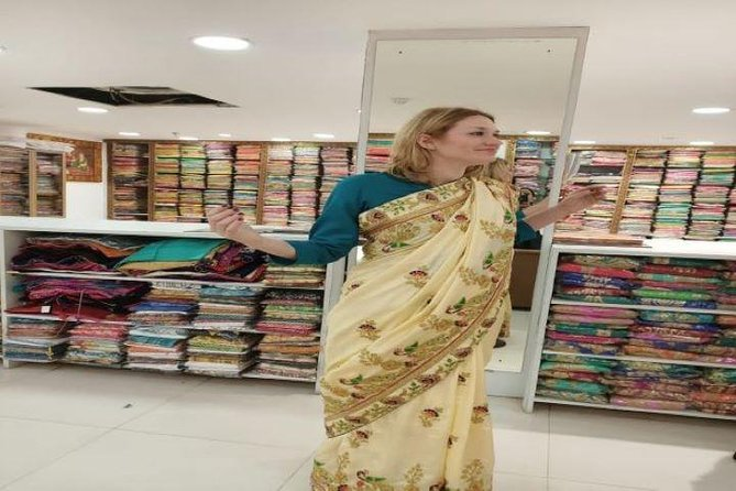 Full Day Delhi Textile,Fabric Tour & Customized Stitching with Female Consultant