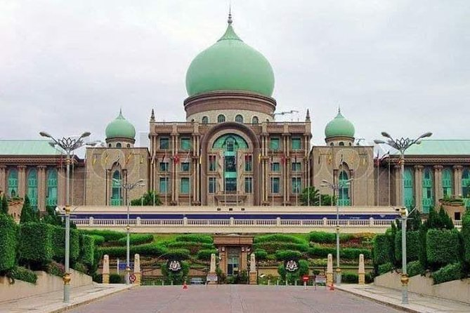 Putrajaya Tour From Kuala-Lumpur