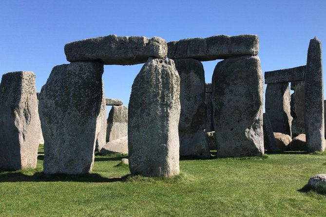 Salisbury Magna Carta Stonehenge and Bath Private Tour