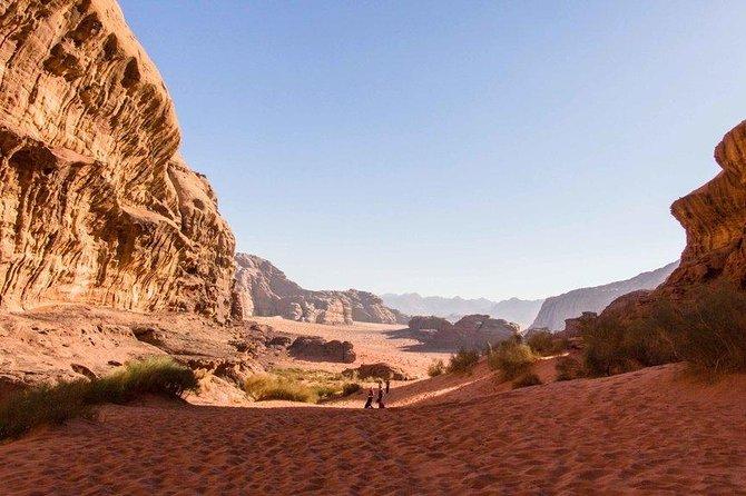 Jordan Horizons Tours: Petra & Wadi Rum Day trip from Eilat Border