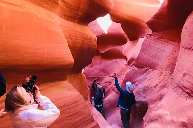 Lower Antelope Canyon/Horseshoe Bend Day Tour from Page, AZ