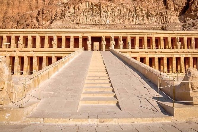 Luxor Full-Day Tour By Air From Sharm El Sheik