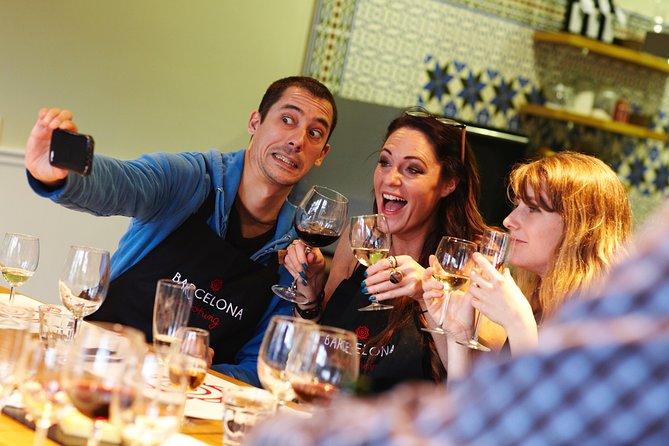 Paella class overviewing Las Ramblas & Boqueria Market at Barcelona Cooking