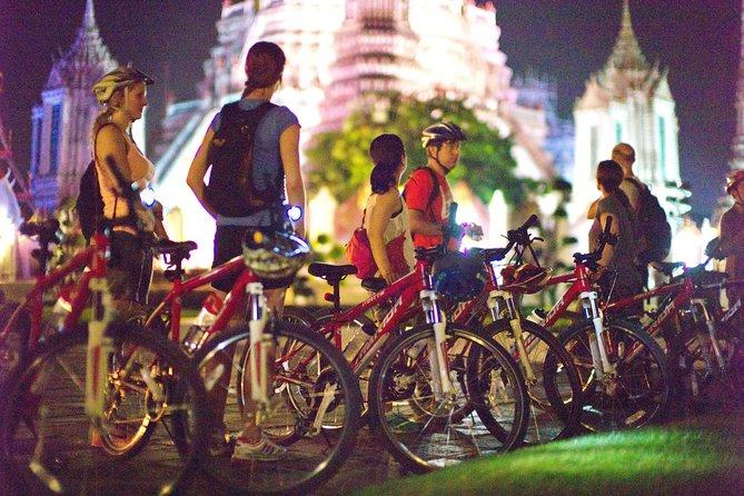 Discover Bangkok on a Bicycle at night