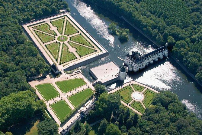 Day tour of Chateaux of Chenonceau, Amboise, Da Vinci Clos Lucé & Caves Ambacia