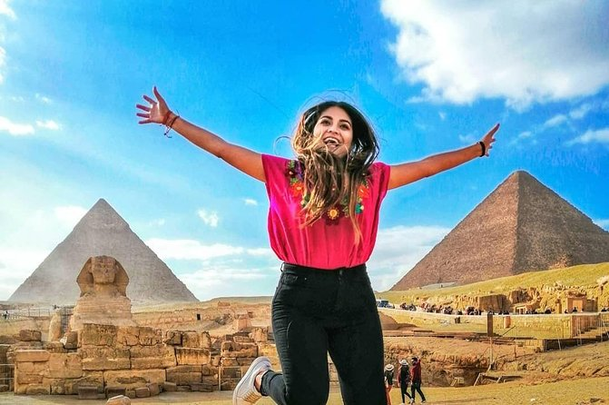 Day-Tour to Giza pyramids & Egyptian Museum & 30 M Camel Ride