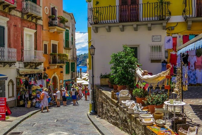 Walking tour in Lipari center