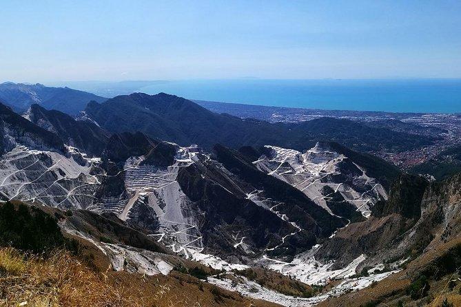 The white golds of Carrara, tour from La Spezia