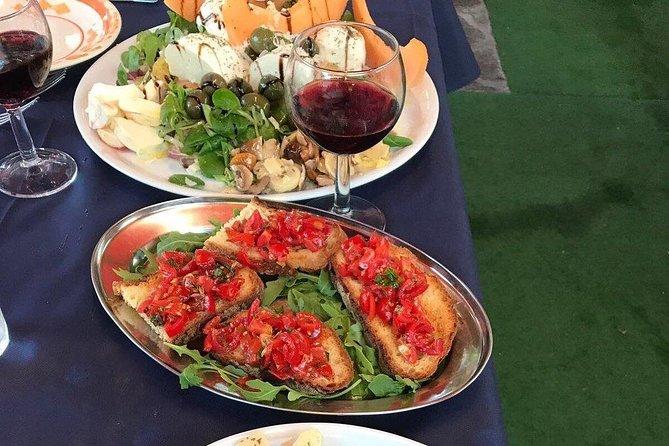 Private Traditional Neapolitan Dinner in Pompei