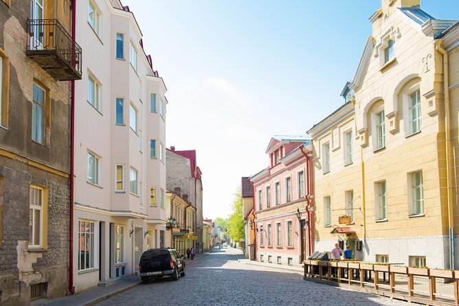 Old and Nowaday Tallinn Driving and Little Walking Private Tour
