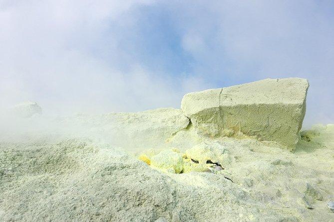 Magical crater hike in Vulcano