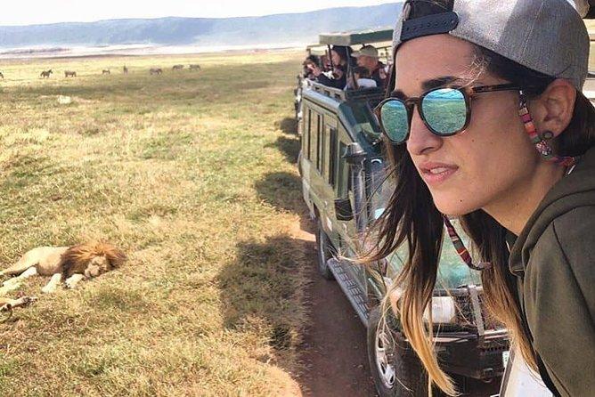 8 Days 7 Nights Luxury Safari to Serengeti Lake Manyara, Ngorongoro & Zanzibar