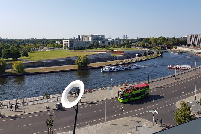 Berlin Hop On - Hop Off Sightseeing Bus on 2 Routes and 1-Hour River Cruise
